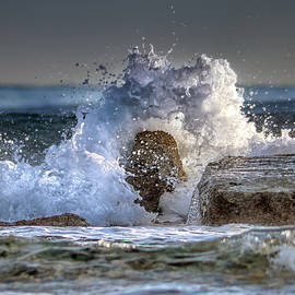 rage of the sea - Stylianos Kleanthous