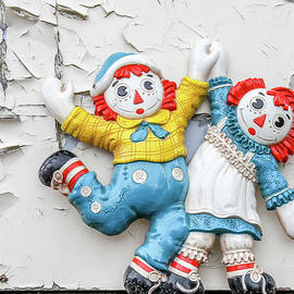 Nick Mares - Raggedy Ann and Andy