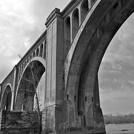 Sean Cupp - Railroad Bridge Richmond Va