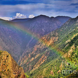 Janice Rae Pariza - Rainbow Across Canyon