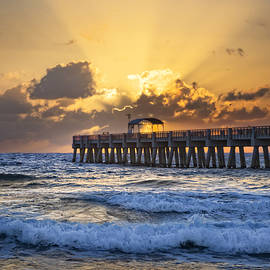 Debra and Dave Vanderlaan - Rays over the Pier