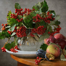 Nikolay Panov - Red Berries and Apples