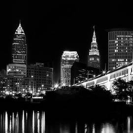 Dale Kincaid - Reflecting On A Warm Summer Night. #cle