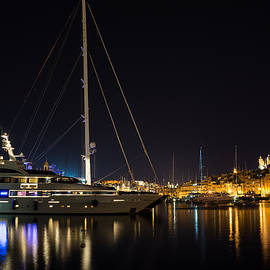 Georgia Mizuleva - Reflecting on Malta - Grand Harbour Marina Vittoriosa
