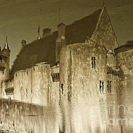 Christian Hallweger - Reflections on River Loire