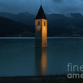 Yair Karelic - Reschensee by Night