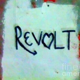 Kelly Awad - Revolt