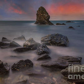 Ian Mitchell - Rhoscolyn Rocks