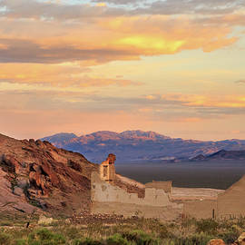 James Eddy - Rhyolite Bank At Sunset