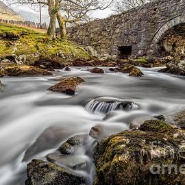 Adrian Evans - River Ogwen Bridge