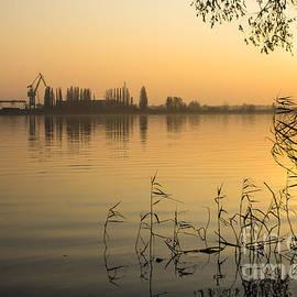 Marcin Rogozinski - River Sunset