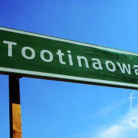 Bob Christopher - Road To Tootinaowaziibeeng