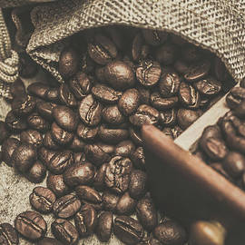 Roasted coffee beans in close-up  - Jorgo Photography - Wall Art Gallery