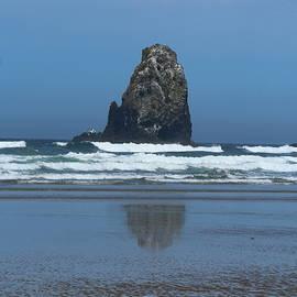 Christiane Schulze Art And Photography - Rockformation Cannon Beach