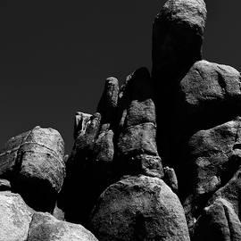 Tianxin Zheng - Rocks at Joshua Tree National Park