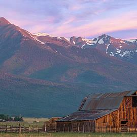 Aaron Spong - Rocky Mountain Barn