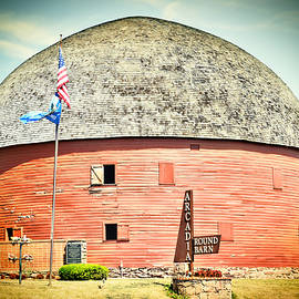 Ann Powell - Round Barn On Route 66 - photography