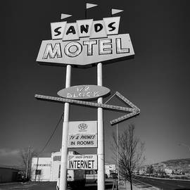 Lance Vaughn - Route 66 - Sands Motel Sign 001 BW