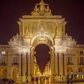 Joan Carroll - Rua Agusta Arch Lisbon