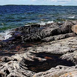 Debbie Oppermann - Rugged Shore - Wreck Island