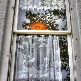 Randy Pollard - Sable Lighthouse Curtain