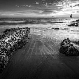 Marvin Spates - Sail Into The Sunset - bw