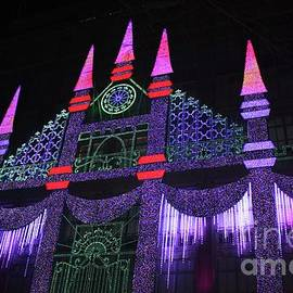 John Telfer - Saks Fifth Avenue Christmas Light Show