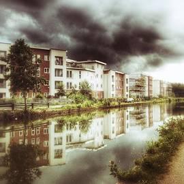 Isabella F Abbie Shores FRSA - Sale Canal