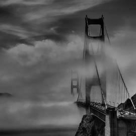 Lance Vaughn - San Francisco - Golden Gate Bridge 002 BW