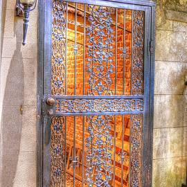 Linda Covino - Savannah Gate