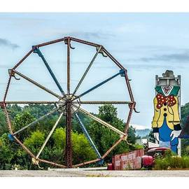 Raw Image Photo - #scary #carnival #ferriswheel