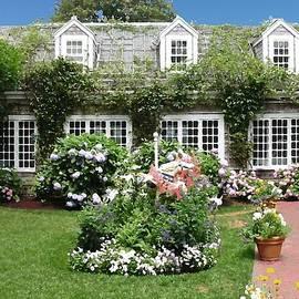 Lin Grosvenor - Sconset Garden