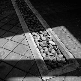 Melvi Morfe - Shadow Stones