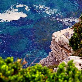 Miroslava Jurcik - Shapes In Shellow Waters