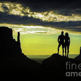 Priscilla Burgers - Sharing a Monument Valley Sunrise