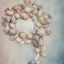 Rebecca Cozart - Shell Wreath