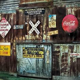 Melissa Bittinger - Sign Barn, Vintage Metal Signs on Old Barn