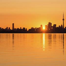 Georgia Mizuleva - Silky Sunrise Silhouette - Torontos Skyline Over Lake Ontario