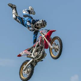 Brian Tarr - Skyrider