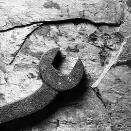 Tom Druin - Slate And Steel