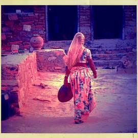 Sue Jacobi - Slice of Life Garbage Disposal Indian Village Rajasthani 3f
