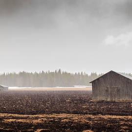 Jukka Heinovirta - Snowing On The Fields And Barns