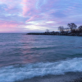 Georgia Mizuleva - Soft and Rough - Colorful Dawn on the Lakeshore