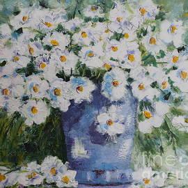 Angela  Gannicott - Soft White Flowers