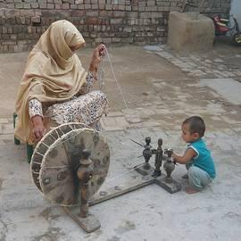 Bobby Dar - Spinning wheel