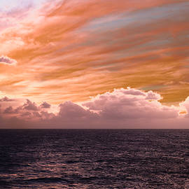 Bill Tiepelman - Splendorous Skies At Sea