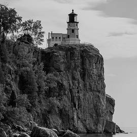 Penny Meyers - Split Rock Lighthouse BW