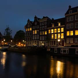 Georgia Mizuleva - Springtime Amsterdam - Golden Windows In Jordaan