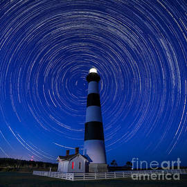 Robert Loe - A Starry Night at Bodie Island Light House