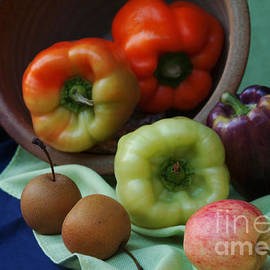 Georgia Sheron - Still Life Apples And Peppers